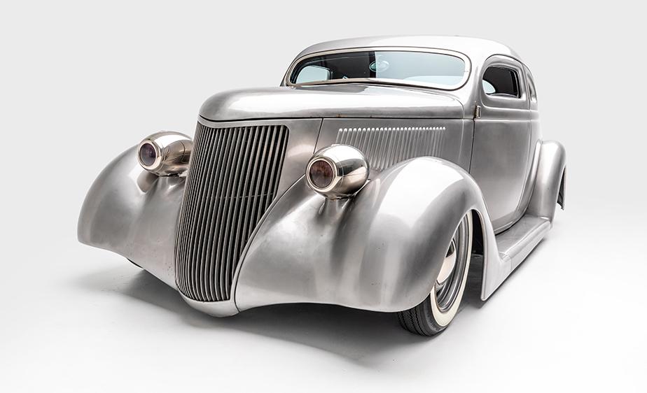 Conoce la colección de autos clásicos del vocalista de Metallica