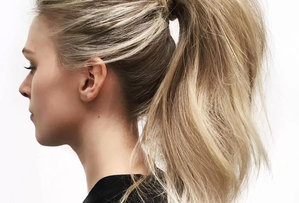 7 peinados que te ahorrarán tiempo en la mañana - pony-tail-volumen