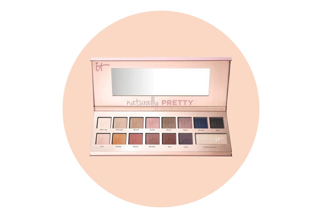 Paletas de sombras neutras para pasar del día a la noche - it-cosmetics-naturally-pretty-eyeshadow-palette