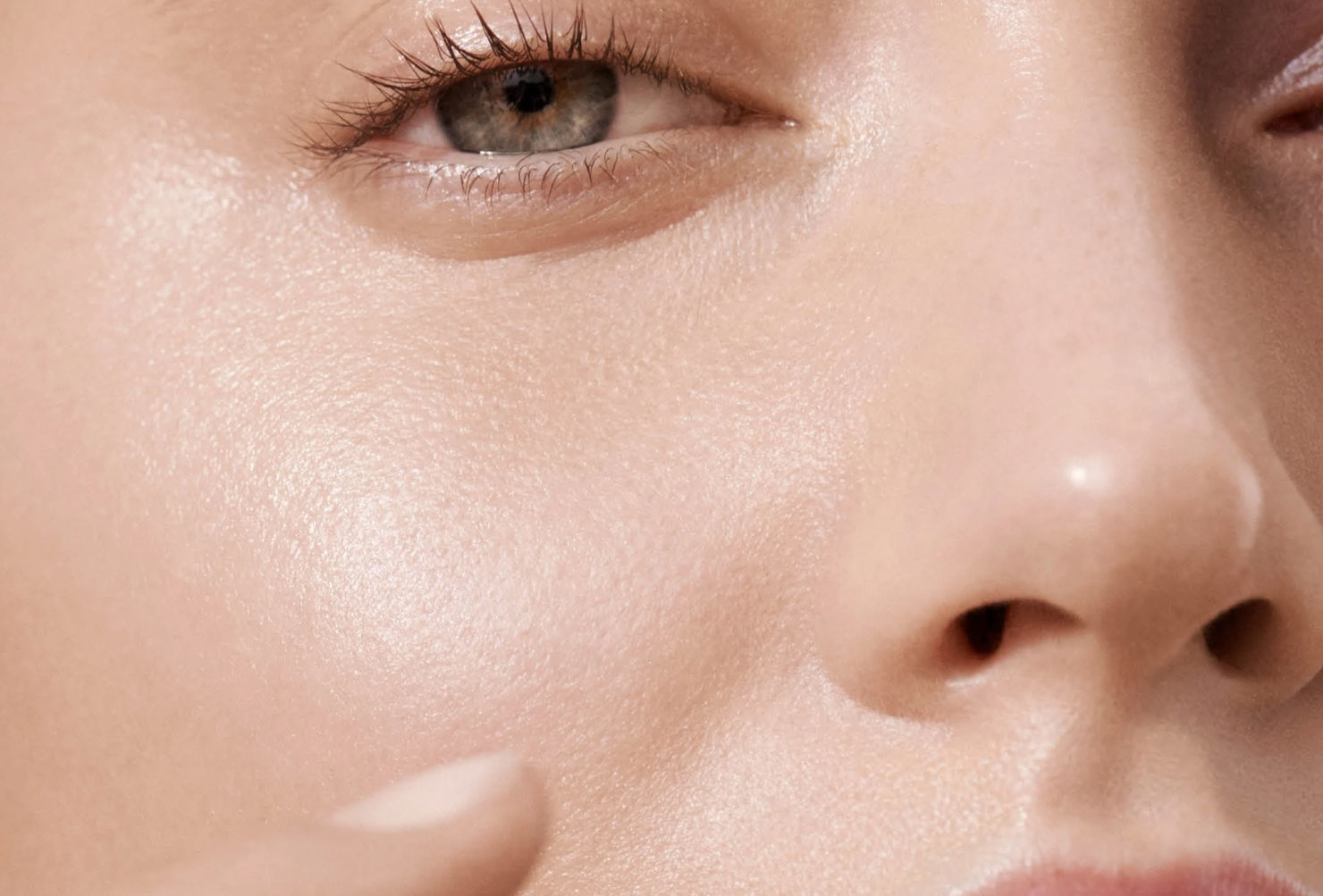 Cómo elegir el mejor iluminador para tu tono de piel