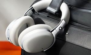 Montblanc crea los mejores audífonos para viajar con estilo