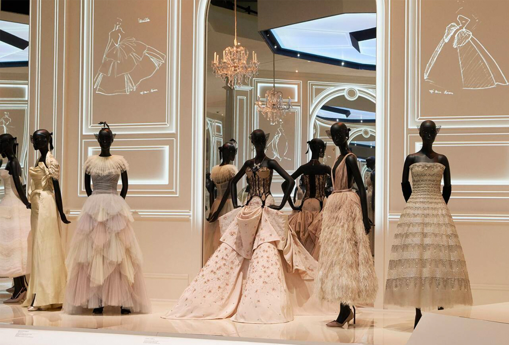 Designer of Dreams: un paseo por la exposición de Dior en el Musée des Arts Décoratifs de París