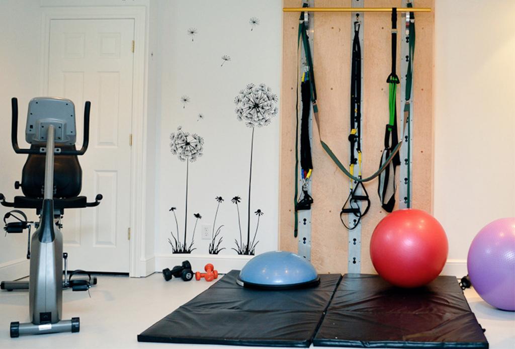 ¡Actívate! Esto necesitas para crear un mini gym en casa - gym-en-casa-2