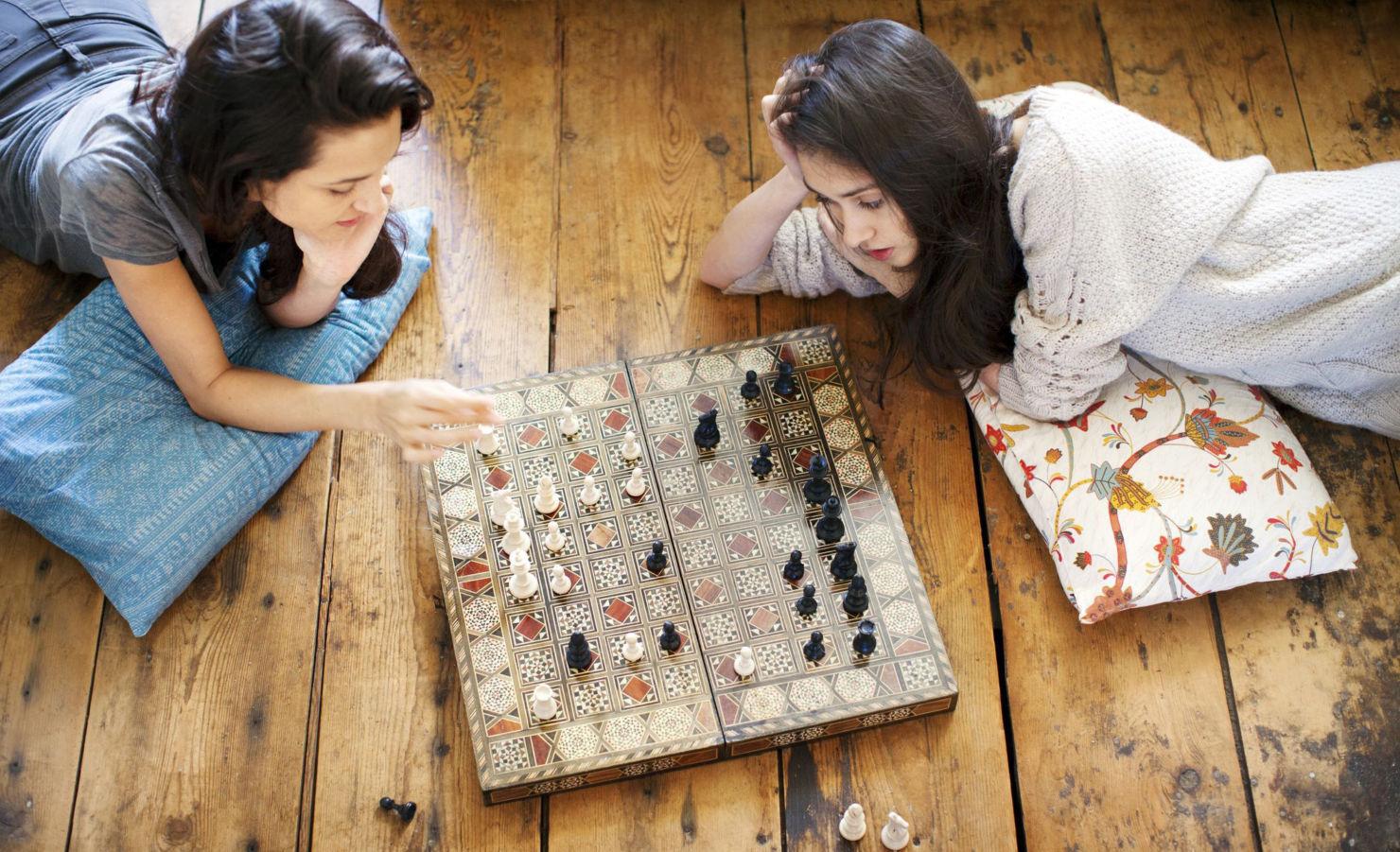 ¿Juegos de mesa o rompecabezas? Te dejamos la playlist para jugar y concentrarte