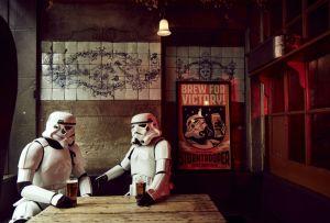 Desde una galaxia muy, muy lejana hasta tu casa, llega la  Original Stormtrooper Beer