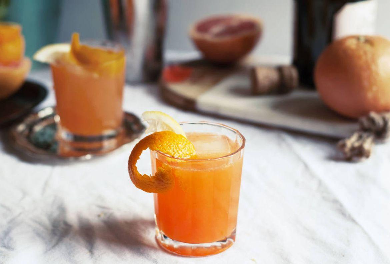¿Alguien dijo Aperol Spritz? Dale un twist a uno de nuestros favoritos - receta-aperol-betty