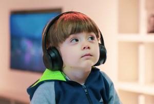 Encuentra más de 100 audiolibros para niños y jóvenes en esta plataforma