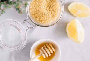 Prepara este exfoliante casero para dejar tu piel tersa e hidratada