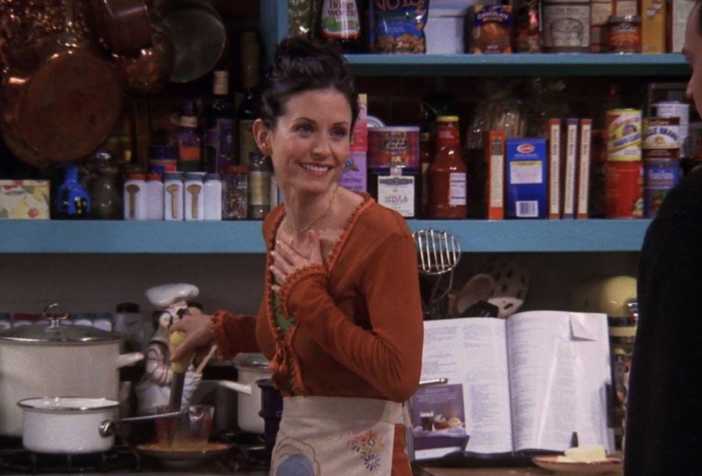Un libro con las recetas más icónicas de 'Friends' estará disponible ¿quién lo quiere? - monica-geller-cocina-recetas