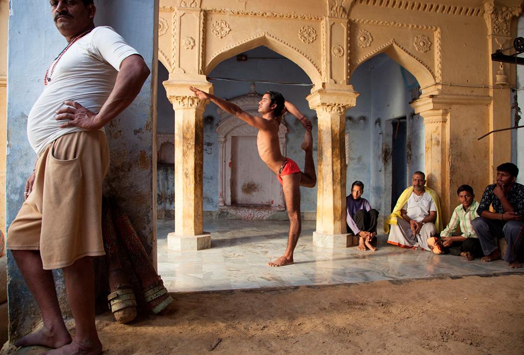 Lo que tenemos que aprender de On Yoga: The Architecture of Peace - on-yoga-3