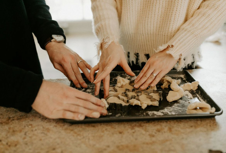 5 beneficios de cocinar en pareja para ponerte a practicar desde ya - beneficios-cocinar-pareja-1