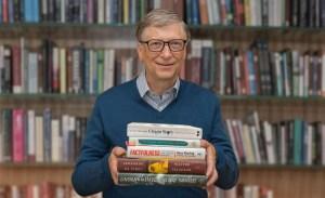 Estos son los libros que Bill Gates quiere que leas durante el verano