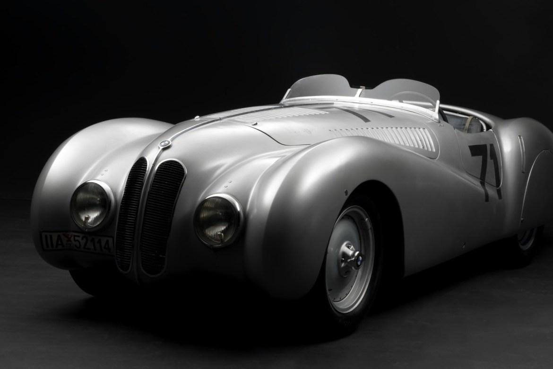 Estos autos clásicos fueron restaurados a su antigua gloria - bmw-328