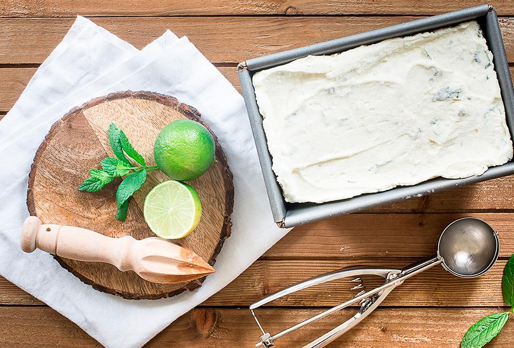 Date un 'break' para refrescarte y prepara este helado de mojito - helado-mojito-1
