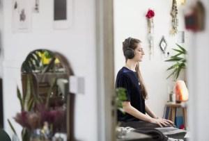5 podcasts perfectos para entender el mundo de la meditación