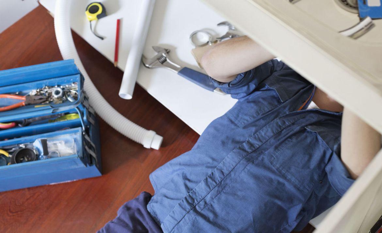 4 Ventajas de tener una cerradura inteligente en casa - plomero