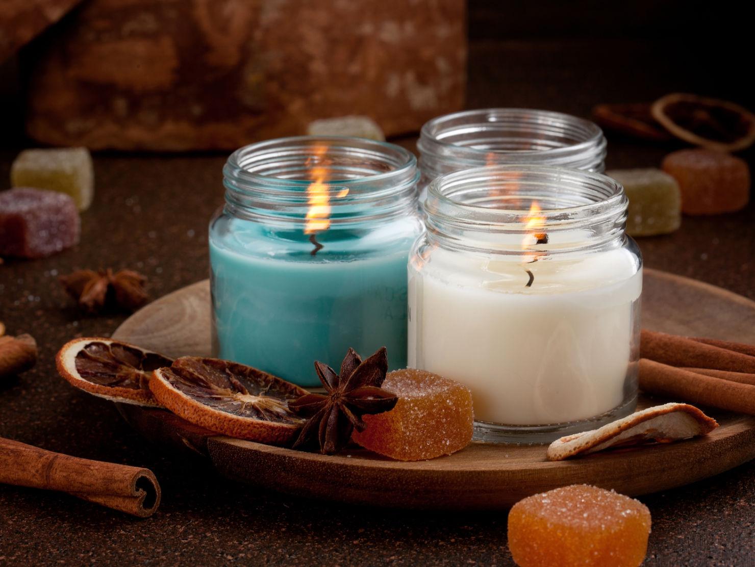 Atrae energía positiva a tu hogar con estas velas aromáticas caseras