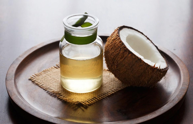 Pruebas estos aceites naturales que harán maravillas en tu cara - aceite-de-coco