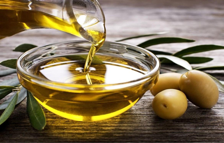 Pruebas estos aceites naturales que harán maravillas en tu cara - aceite-de-oliva
