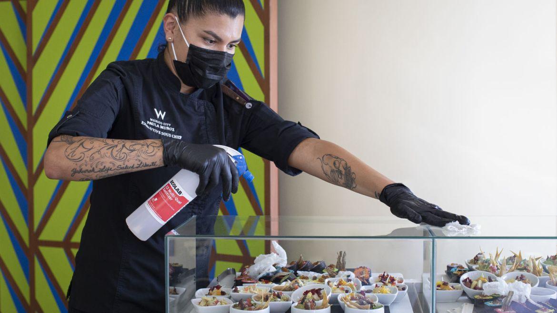 El Hotel W Mexico City está de regreso, y lo hace más audaz que nunca - banquetes-new-normal