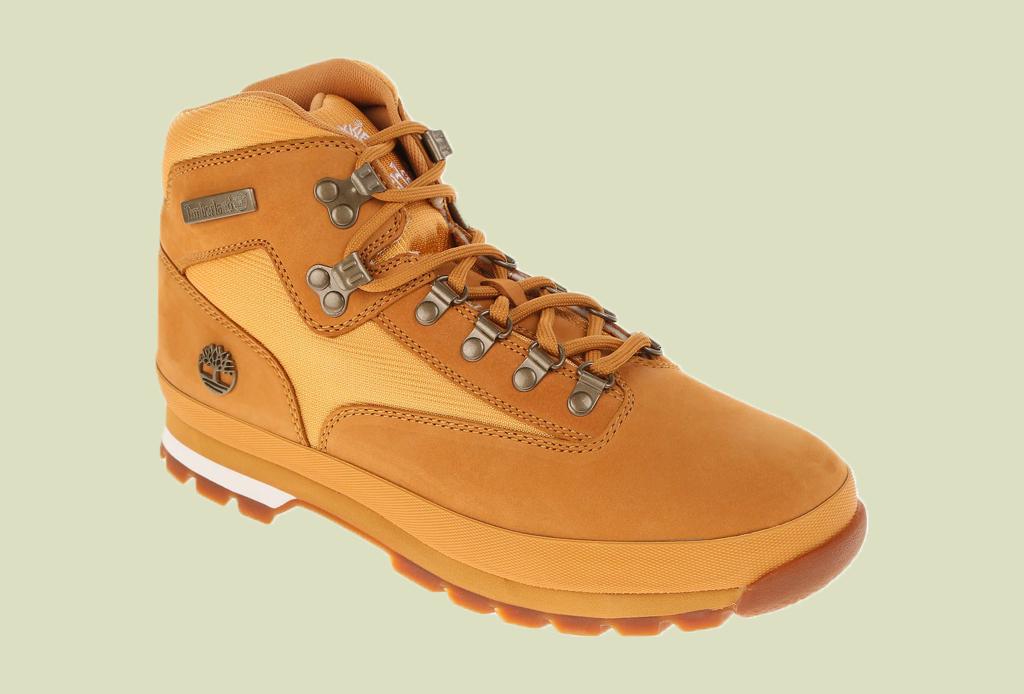 Los 7 zapatos más versátiles que todo hombre debe tener - botines-timberland-liverpool