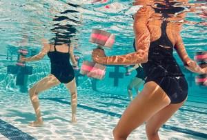 Descubre los mejores ejercicios en agua para fortalecer todo el cuerpo