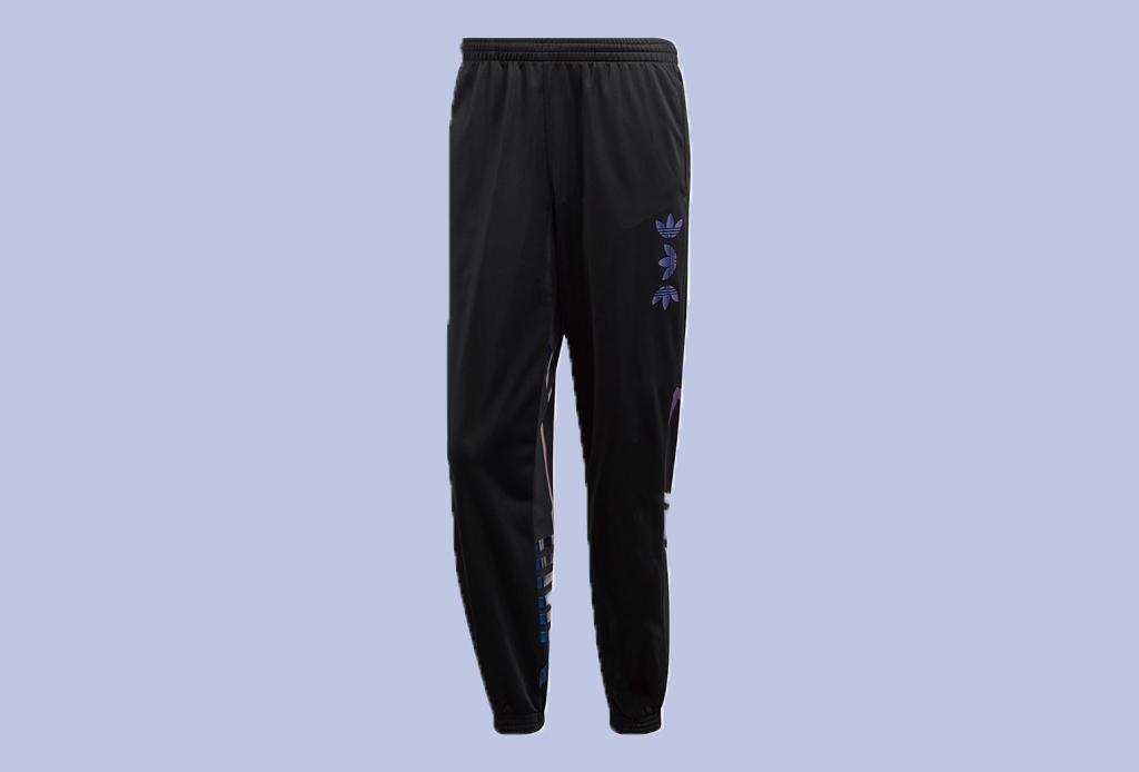 Editor's Picks: streetwear que quieres tener y puedes pedir online ¡YA! - pants-joggers-adidas-liverpool