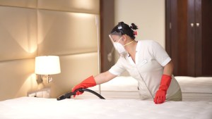 Estas son las nuevas medidas que los hoteles tienen para recibirte
