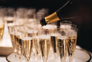 7 Vinos espumosos mexicanos perfectos para cualquier celebración patria