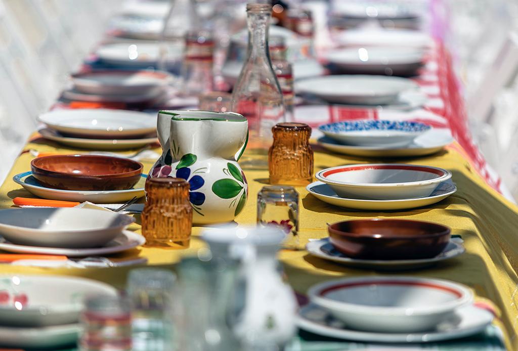 ¡Reunión en casa! Organízala con tus platillos favoritos - reunion-comida-2