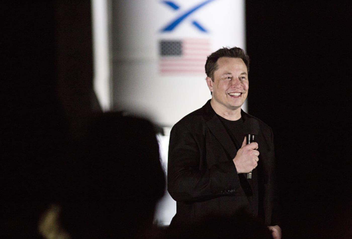 Frases de Elon Musk que te inspirarán a ser mejor