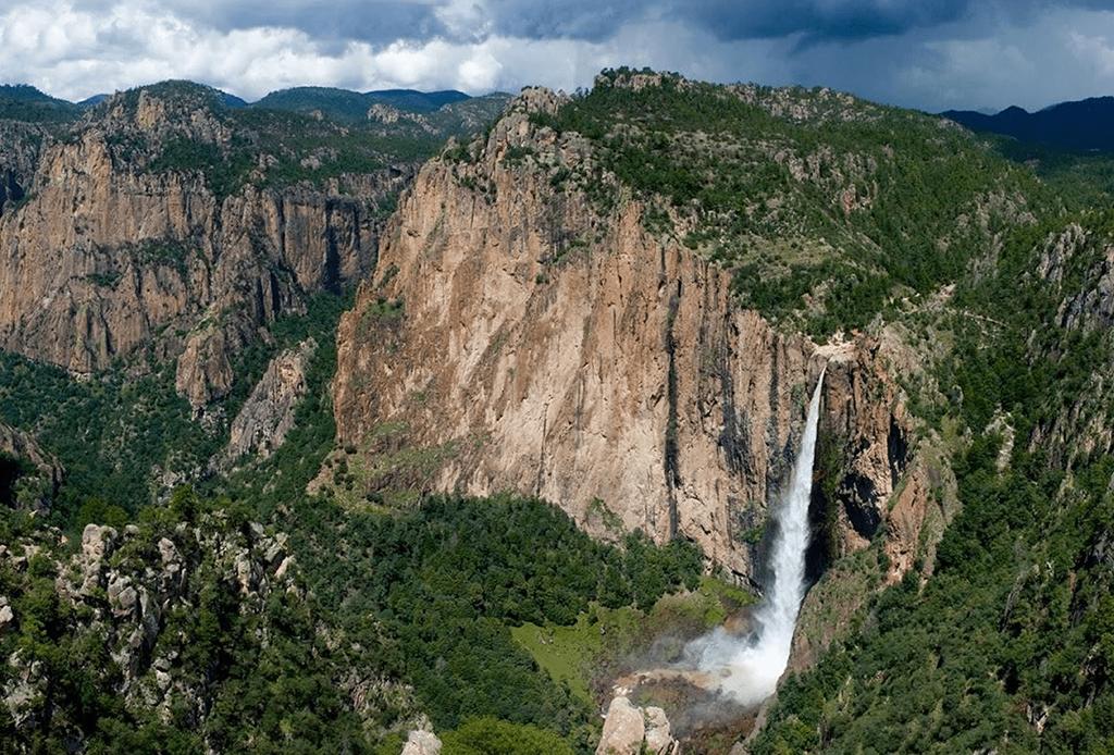Te decimos dónde ver cascadas impresionantes en México - cascadas-mexico-6
