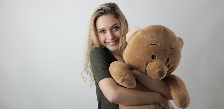 Beneficios de abrazar un oso de peluche ¡Tu niño interior estará feliz! - diseno-sin-titulo-4-6