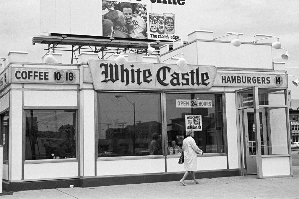 5 cosas que cumplen 100 años en 2021 - white-castle