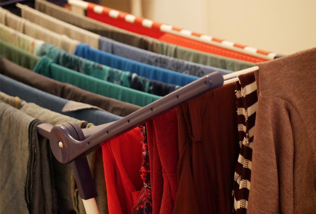 ¿Cómo preservar tus prendas en buen estado? Aquí te decimos - como-secar-la-ropa
