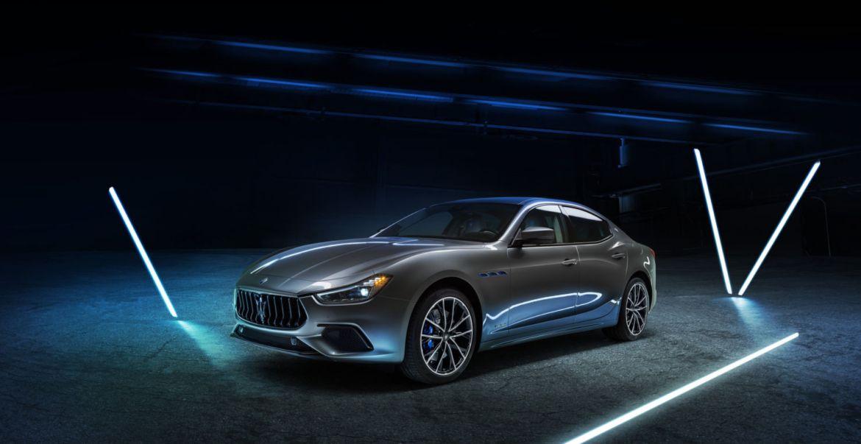 Conoce la nueva gama de Maserati que llegó a México - cmahpn-large-16679-maseratighiblihybrid-1920x0-baabff
