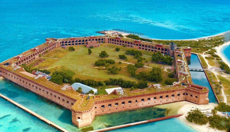 72 horas en... ¡Key West! Disfruta lo mejor de Florida - monroe-dry-tortugas-national-park-fort-jefferson-aerial-2019-scott-barnett-e1619128713896