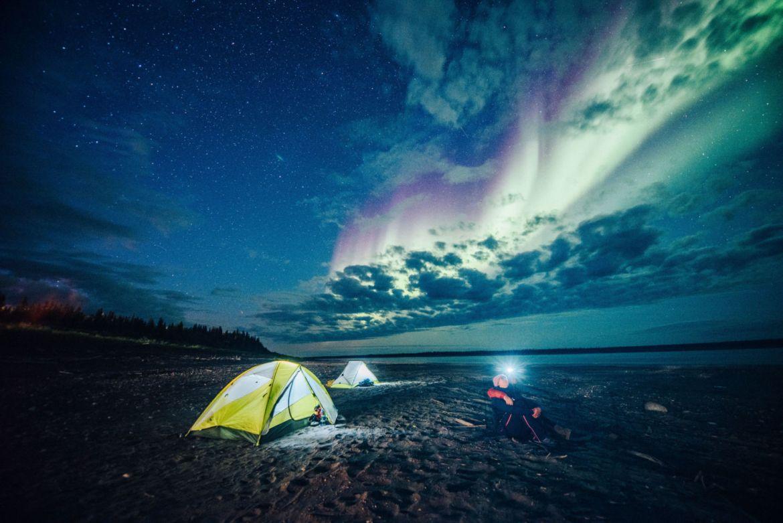 Conoce el mejor lugar para ver auroras boreales en Canadá - angela-gzowski