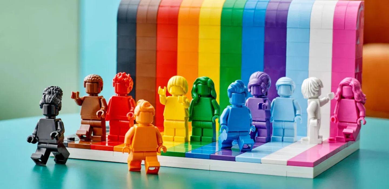 «Everyone is awesome» es el nuevo set de LEGO que celebra la inclusión