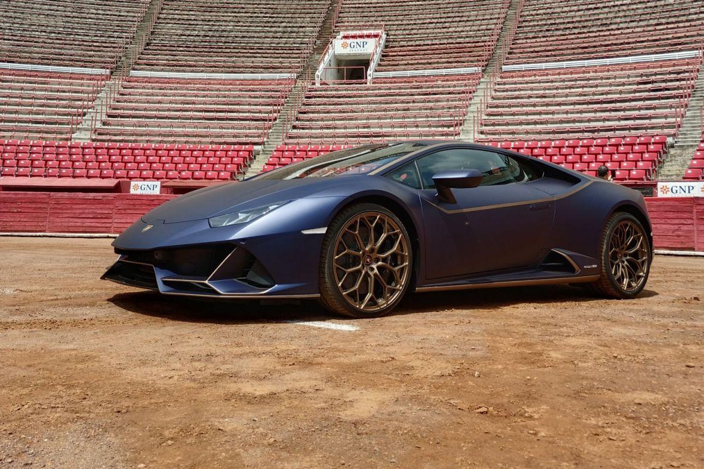 Lamborghini celebra 10 años en México con una muestra de su esencia - lambo