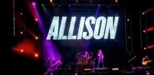 Allison en concierto en Pepsi Center