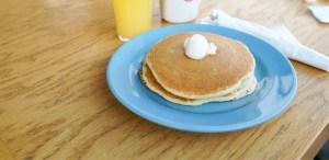 Celebra el National Pancake Day ayudando a Niños con Cáncer ¡Ojo aquí!