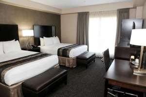 Where to stay near Disneyland. Luxury suites facing the Disneyland Resort. Photo courtesy Grand Legacy At The Park.