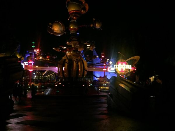 The Complete Disneyland Ride Guide. Astro Orbitor, © The Happiest Blog on Earth.