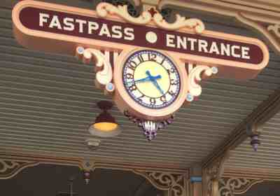 Disney MaxPass: New Disneyland FASTPASS