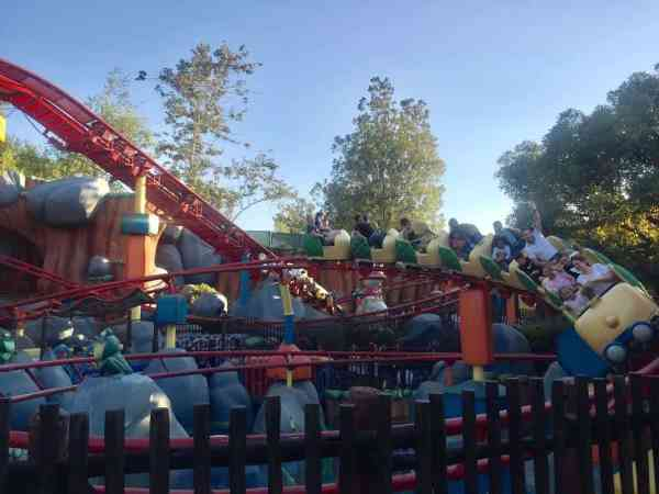 disneyland roller coasters for kids
