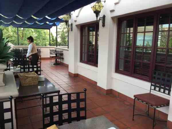 Carthay Circle patio dining.