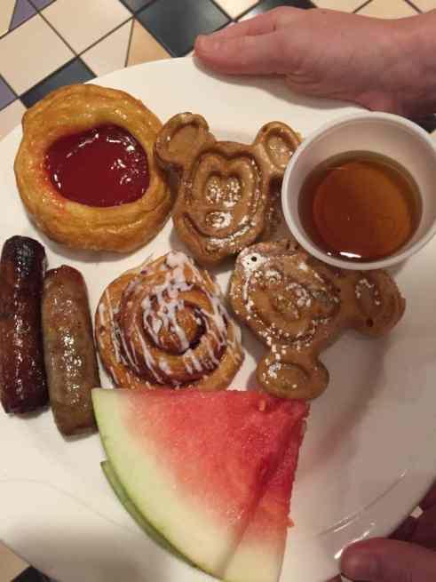 Donald Duck's Seaside Breakfast food