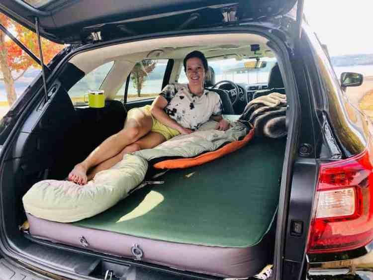 subaru-car-camping-mattress