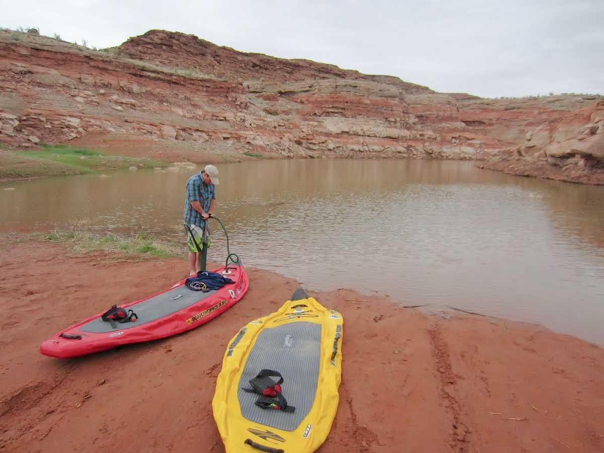 stand-up-paddleboarding-farley-canyon-entrance